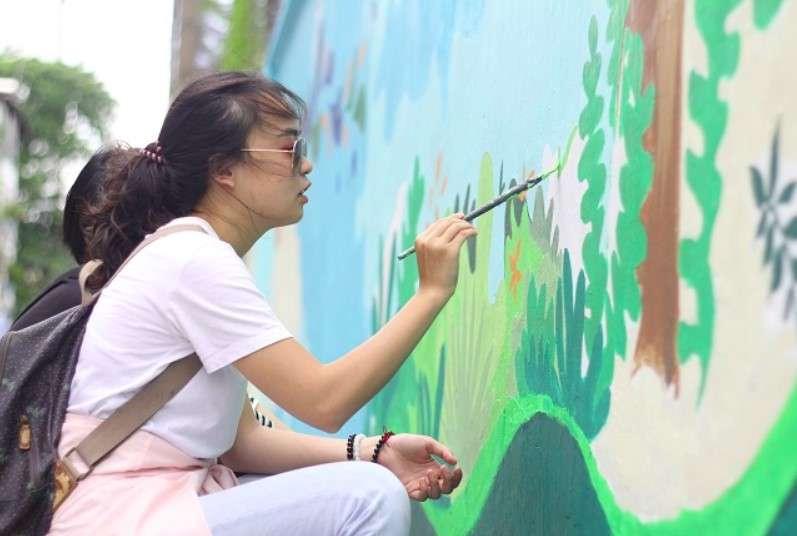 Vẽ tranh kêu gọi bảo vệ môi trường